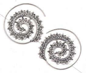 Open Circle� 92.5 Silver Sterling Earrings� with Leaf pattern