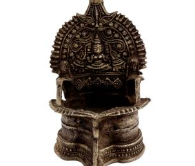 Festive Goddess Lakshmi Brass Oil Lamp