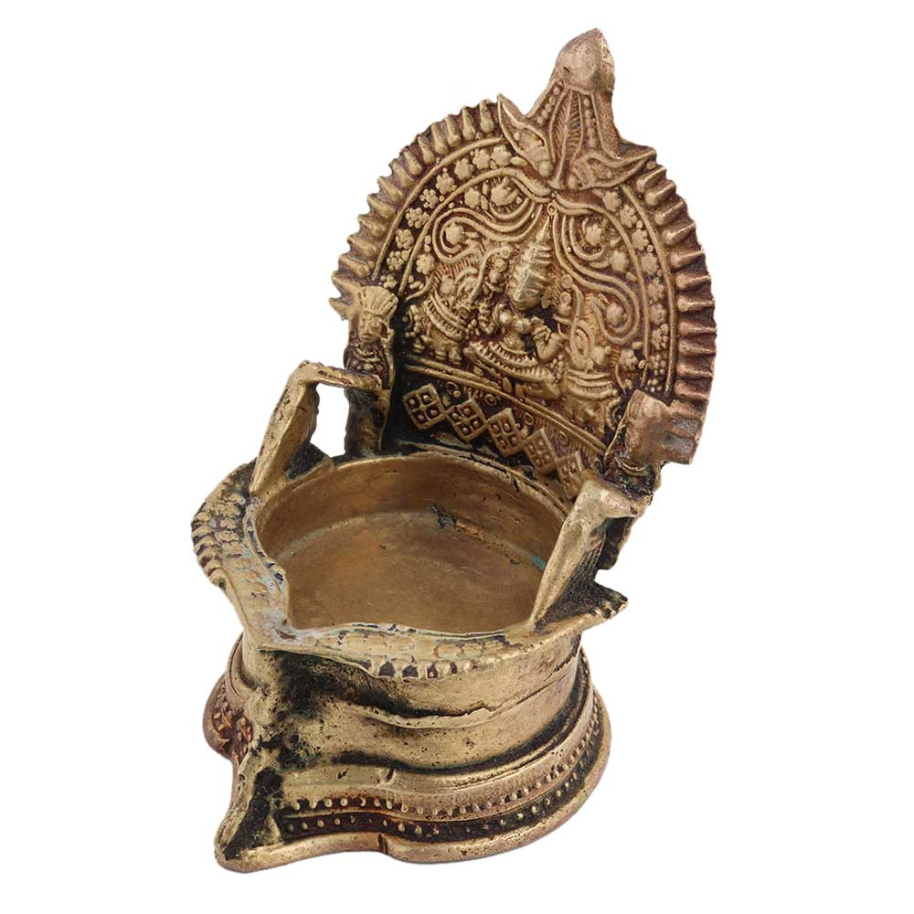 Brass Gaja lakshmi Lamp Jumbo Vilakku oil lamp