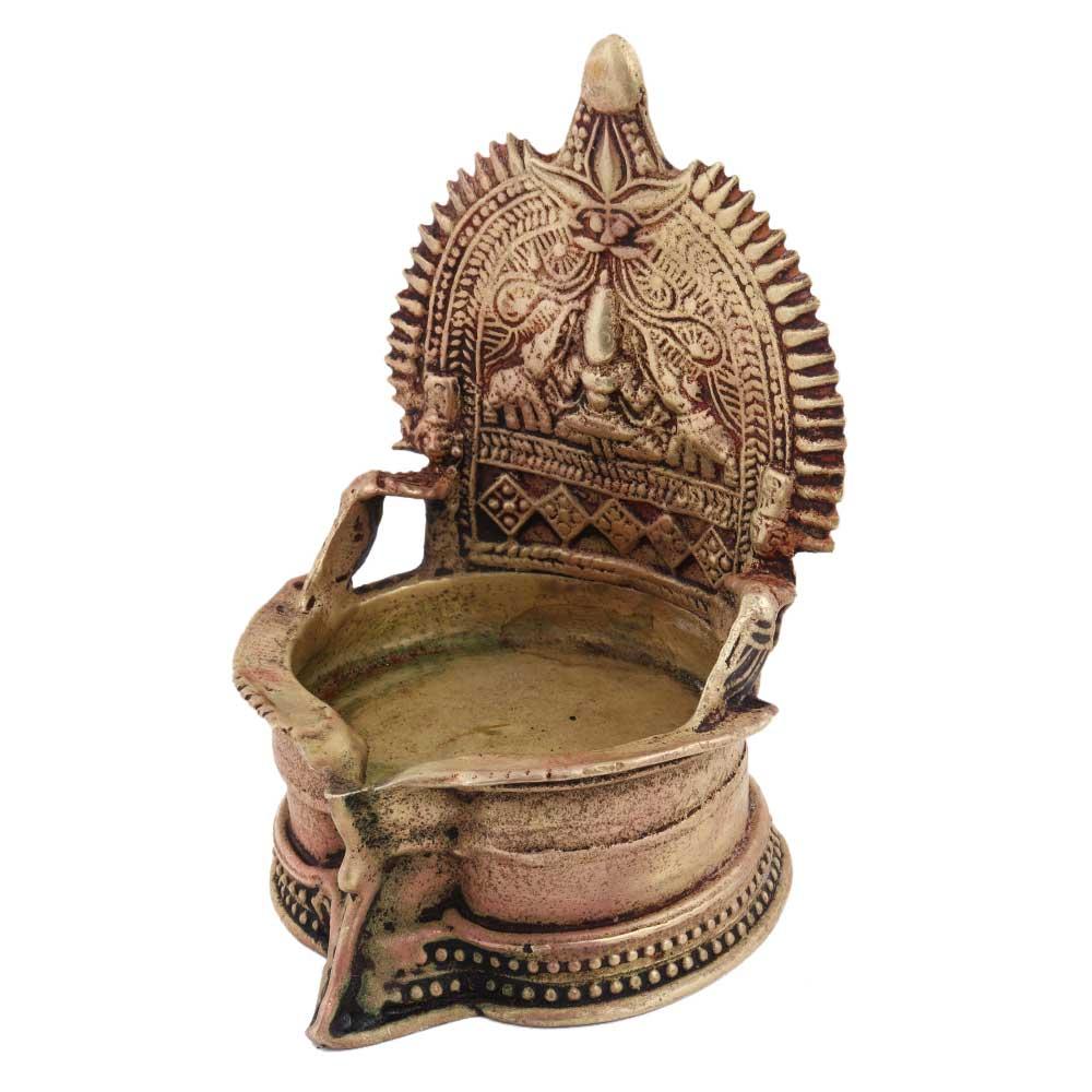 Brass Puja Gajllaxmi Vilakku Oil Lamp For Home Decoration