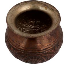 Cooper Pot With Engraved And Incised Cut Conch Shell Floral Design