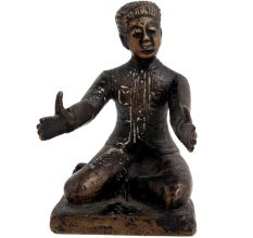 Brass English Statue Sitting With Open Hands