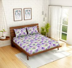 Spaces 104 TC Cotton Double Bed Sheet with 2 Pillow Covers In Purple