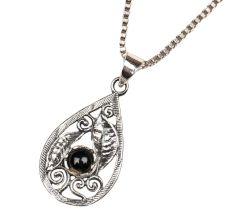 Engraved 92.5 Sterling Silver Leaf design Pendant With Black Stone