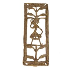 Graceful And Pretty Women In Brass Metal Artwork For The Perfect Room Decor
