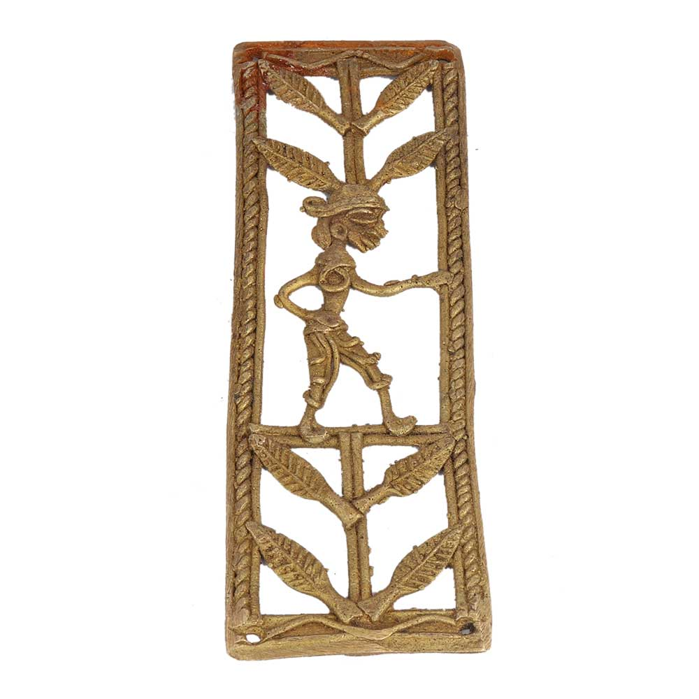 Sophisticated And Inspiring Male Inspired Brass Metal Decor Ideas