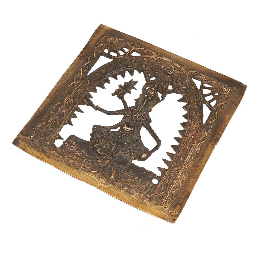 Sophisticated And Gorgeous Brass Ganesha Inspired Decoration