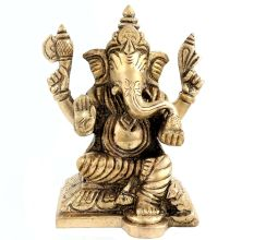 Ganesha In Traditional Metallic Statue